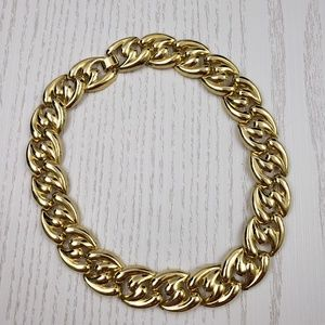 Jewelry - Chunky Gold Tone Chain Link Necklace Choker